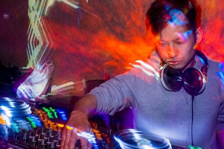 DJ_takahiro